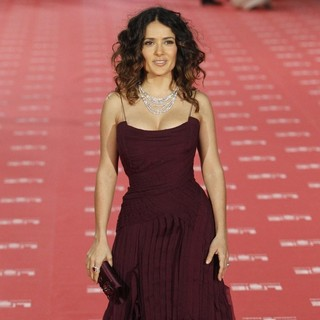 Salma Hayek in Goya Cinema Awards 2012 Ceremony - Arrivals