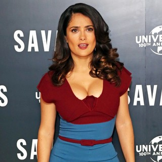 Salma Hayek in Savages Photocall