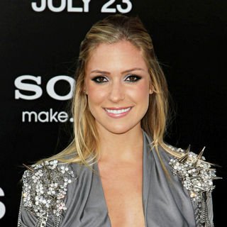 Kristin Cavallari in The L.A. Movie Premiere of 'Salt' - Arrivals