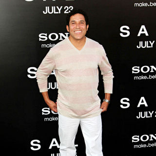 Oscar Nunez in The L.A. Movie Premiere of 'Salt' - Arrivals