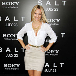 Sharon Case in The L.A. Movie Premiere of 'Salt' - Arrivals