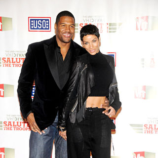 Michael Strahan, Nicole Mitchell Murphy in VH1 Divas Salute The Troops Presented by The USO - Press Room