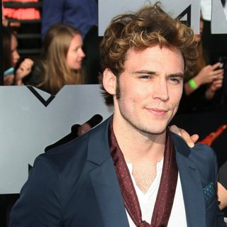 Sam Claflin in MTV Movie Awards 2014 - Arrivals