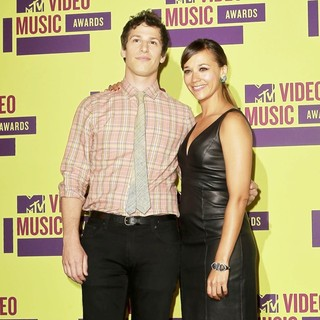 Andy Samberg, Rashida Jones in 2012 MTV Video Music Awards - Press Room