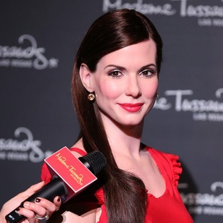Sandra Bullock in Sandra Bullock Wax Figure at Madame Tussauds