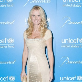 Sandra Lee in The 7th Annual UNICEF Snowflake Ball - Arrivals