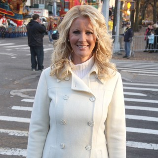 Sandra Lee in 86th Annual Macy's Thanksgiving Day Parade
