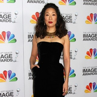 Sandra Oh in The 43rd Annual NAACP Awards - Arrivals