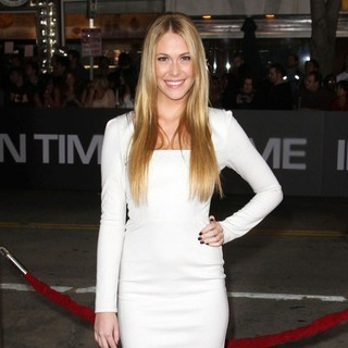Sarah Carroll in The Premiere of In Time - Arrivals