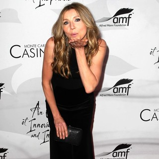 Sarah Chalke in 9th Annual Alfred Mann Foundation Innovation and Inspiration Gala - Arrivals