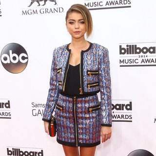 Sarah Hyland in 2014 Billboard Music Awards - Red Carpet