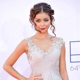 Sarah Hyland in 64th Annual Primetime Emmy Awards - Arrivals