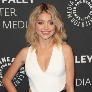 Sarah Hyland in Premiere of ABC's Dirty Dancing: The New Musical - Arrivals