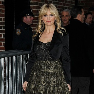 Sarah Michelle Gellar - Celebrities Outside of The Ed Sullivan Theater for The Late Show with David Letterman