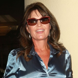 Sarah Palin in Outside TCA 2012