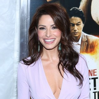 Sarah Shahi in New York Premiere of Bullet to the Head