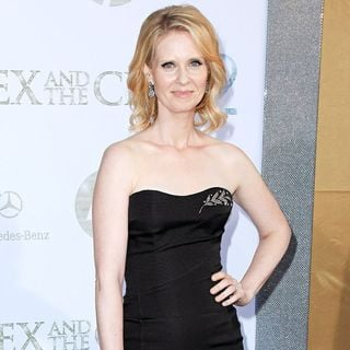 Cynthia Nixon in World Premiere of 'Sex and the City 2' - Arrivals