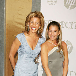 Hoda Kotb in World Premiere of 'Sex and the City 2' - Arrivals