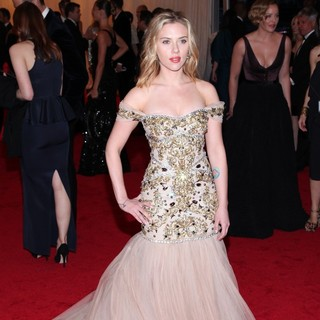 Scarlett Johansson in Schiaparelli and Prada Impossible Conversations Costume Institute Gala