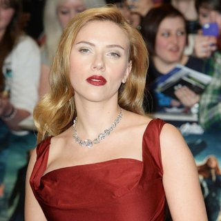 Scarlett Johansson in UK Premiere of Captain America: The Winter Soldier