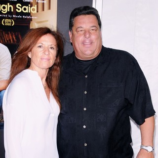 Laura Schirripa, Steve Schirripa in New York Screening of Enough Said - Red Carpet Arrivals