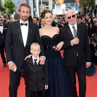 Matthias Schoenaerts, Armand Verdure, Marion Cotillard, Jacques Audiard in Rust and Bone Premiere - During The 65th Annual Cannes Film Festival