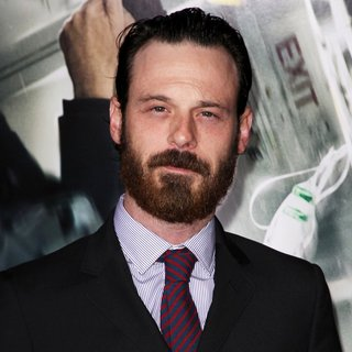 Scoot McNairy in Premiere of Universal Pictures and Studiocanal's Non-Stop