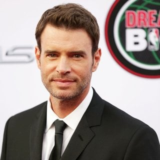 Scott Foley in 45th NAACP Image Awards - Arrivals