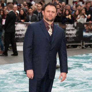 Scott Franklin in U.K. Premiere of Noah - Arrivals