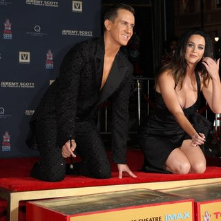 Katy Perry - Jeremy Scott and Katy Perry Are Honored During Their Hand Print Ceremony