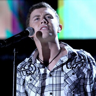 Scotty McCreery in 2012 CMA Music Festival Nightly Concerts - Day 4