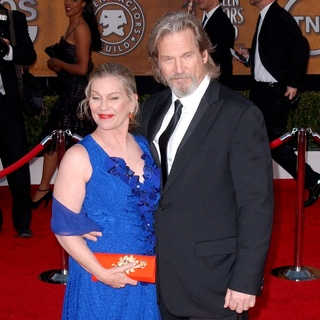 Susan Geston, Jeff Bridges in 16th Annual Screen Actors Guild Awards - Arrivals