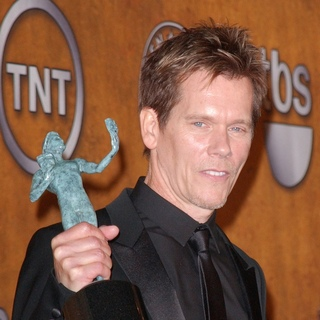 Kevin Bacon in 16th Annual Screen Actors Guild Awards - Press Room
