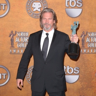 Jeff Bridges in 16th Annual Screen Actors Guild Awards - Press Room
