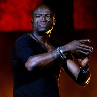 Seal in Seal Performing