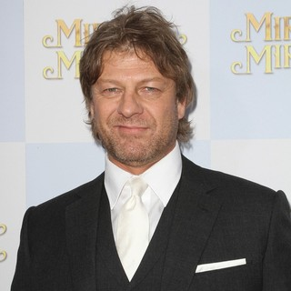 Sean Bean in Relativity Media Presents The Los Angeles Premiere of Mirror Mirror - Arrivals - sean-bean-premiere-mirror-mirror-02