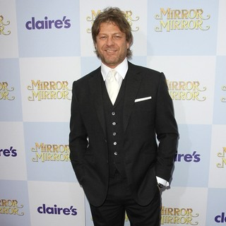 Sean Bean in Relativity Media Presents The Los Angeles Premiere of Mirror Mirror - Arrivals - sean-bean-premiere-mirror-mirror-03