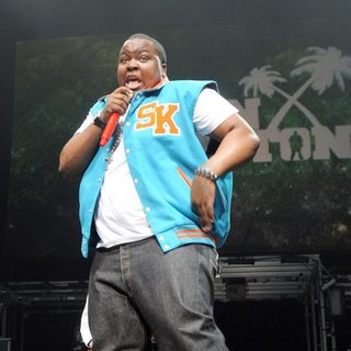 Sean Kingston in Sean Kingston Performs Live