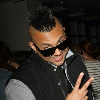 Sean Paul in 102.7 KIIS FM's Jingle Ball 2011 - Gifting Lounge