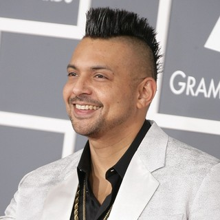 Sean Paul in 55th Annual GRAMMY Awards - Arrivals - sean-paul-55th-annual-grammy-awards-03