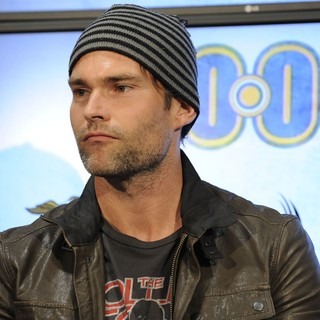 Seann William Scott in Cast Member from Goon Appears at Real Sports Apparel to Promote Their Movie