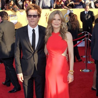 Kevin Bacon, Kyra Sedgwick in The 18th Annual Screen Actors Guild Awards - Arrivals