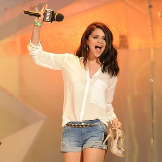Selena Gomez in 2012 MuchMusic Video Awards - Show
