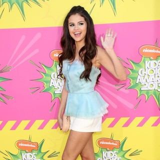 Selena Gomez in Nickelodeon's 26th Annual Kids' Choice Awards - Arrivals