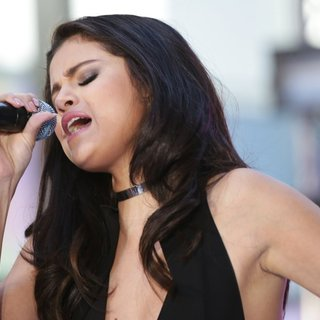 Selena Gomez Performs Live on NBC's Today Show