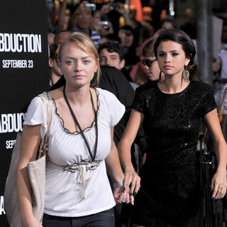 Selena Gomez in The Premiere of Abduction - Arrivals