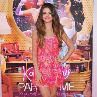 Selena Gomez in Katy Perry: Part of Me Los Angeles Premiere