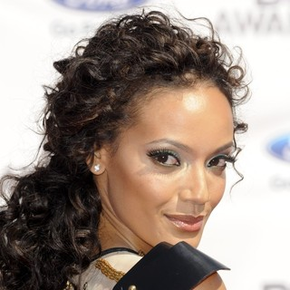Selita Ebanks in The BET Awards 2012 - Arrivals