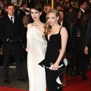 Anne Hathaway, Amanda Seyfried in Les Miserables World Premiere - Arrivals