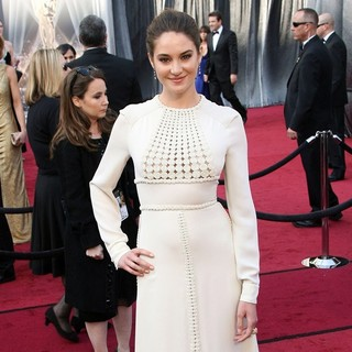 Shailene Woodley in 84th Annual Academy Awards - Arrivals